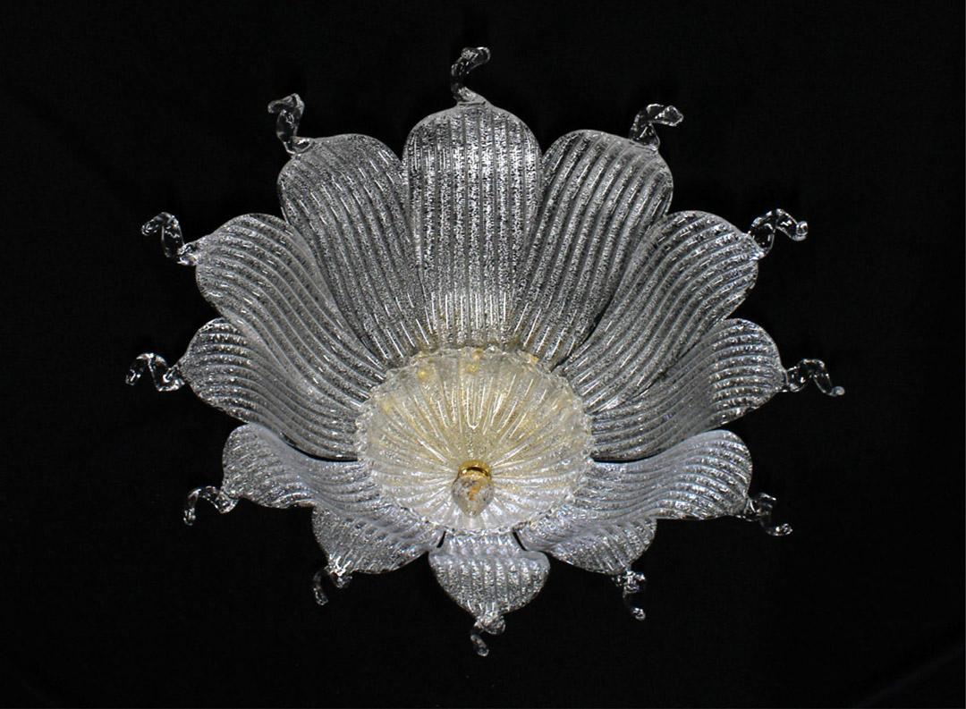 Plafoniera Fiori Murano : Plafoniera con fiori in vetro di murano idfdesign